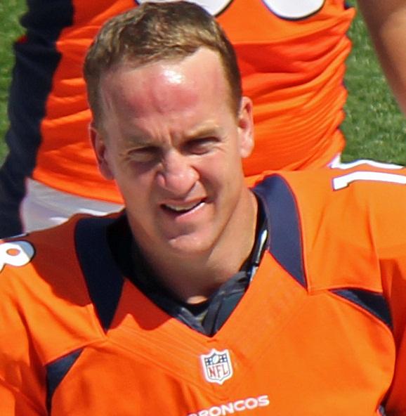 Peyton_Manning_(cropped)