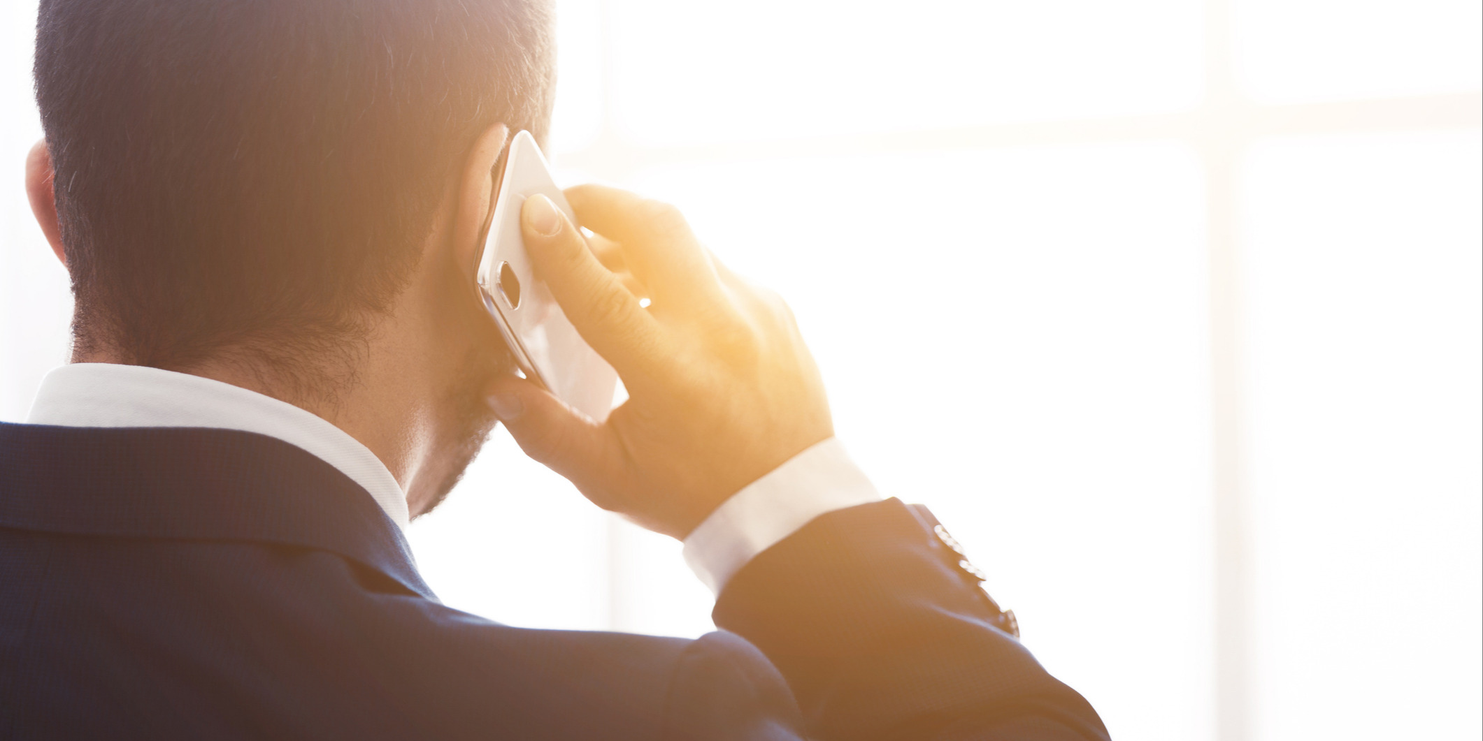 4 Reasons Salespeople Should Always Leave a Voicemail