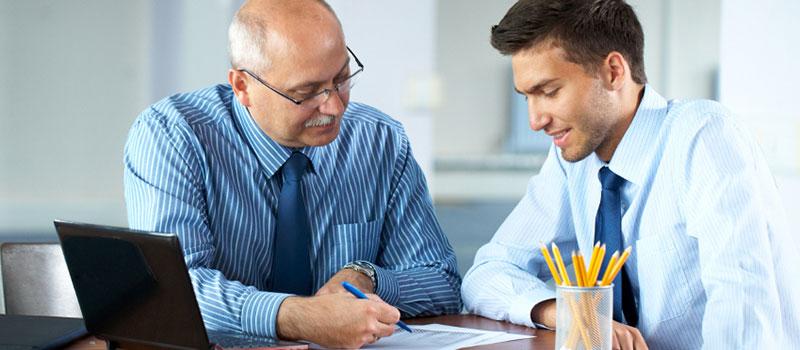 Ask-Questions-in-Sales-Meetings.jpg
