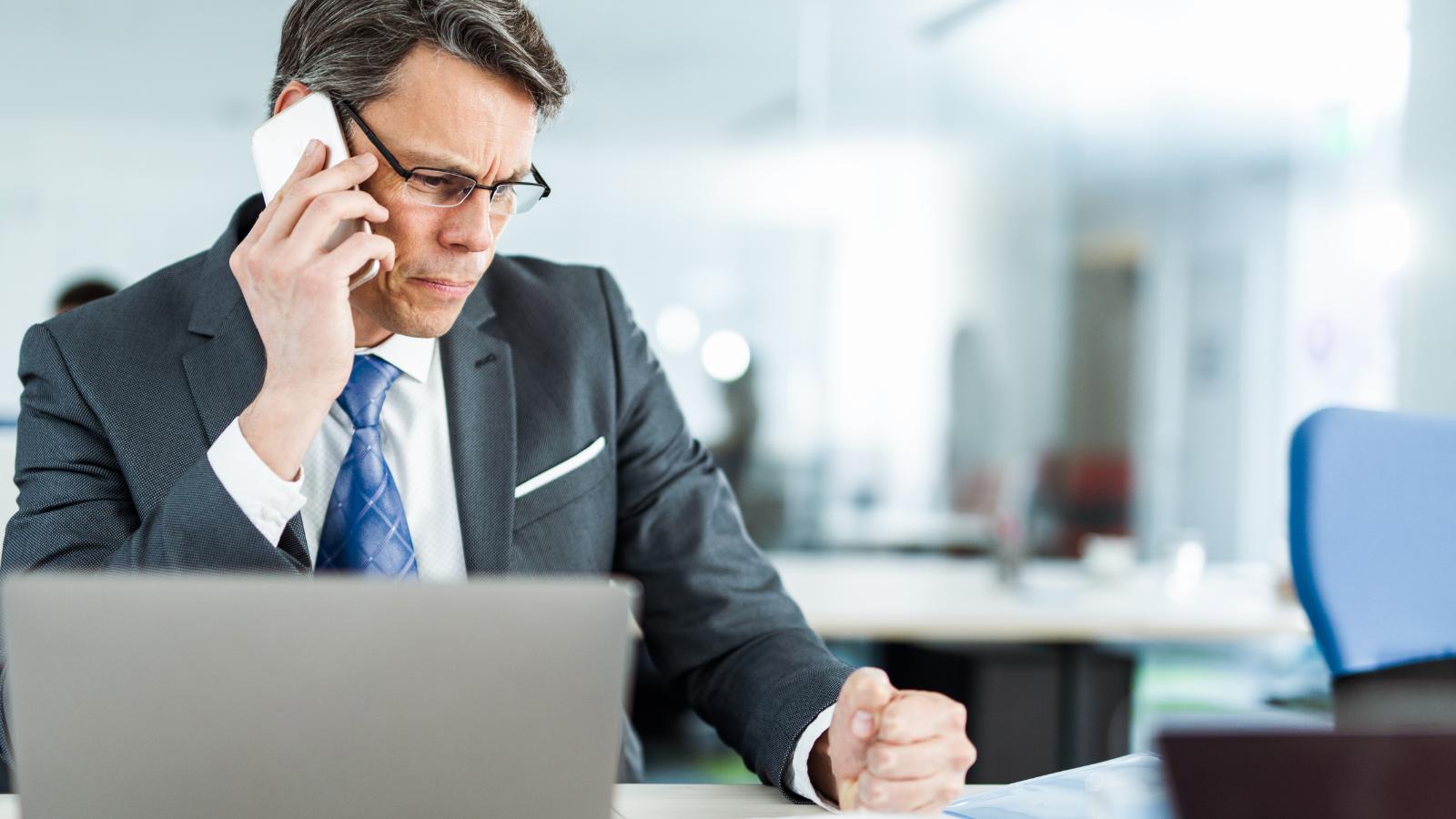 CRMs Cant Fix Underperforming Sales, Bombing Sales Calls