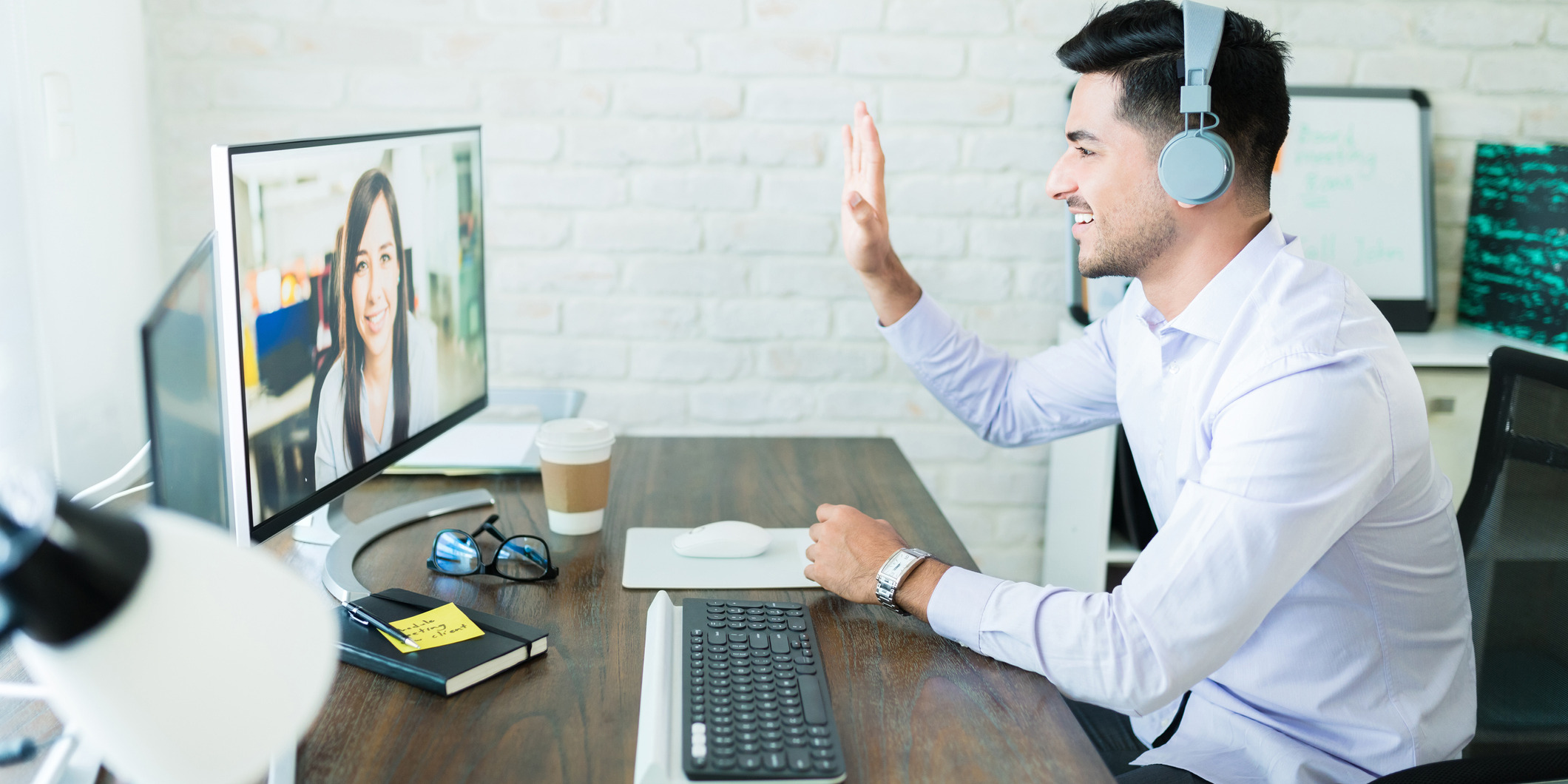 How Sales Technology Can Strengthen the Human Touch in Selling