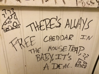 free-cheddar-mouse-trap